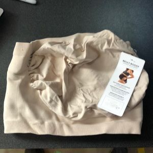 NWT Belly Bandit Belly Boost Size Small